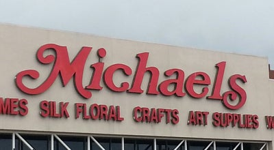 Photo of Arts and Crafts Store Michaels at 14370 Ocean Gate Ave, Hawthorne, CA 90250, United States