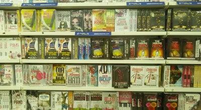Photo of Bookstore Syarikat Muda Osman (SMO) at Bandar Tanah Merah, Tanah Merah 17500, Malaysia