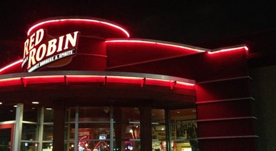 Photo of Burger Joint Red Robin Gourmet Burgers at 7029 E State St, Rockford, IL 61108, United States