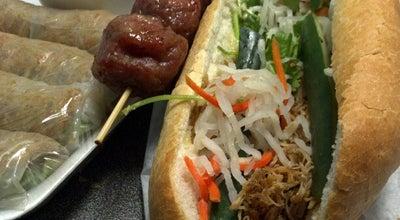 Photo of Vietnamese Restaurant Banh Mi & Che Cali at 647 W Valley Blvd, Alhambra, CA 91803, United States