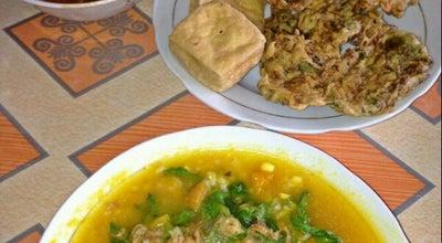 Photo of Vegetarian / Vegan Restaurant Tinutuan rike at Rike, Sario 95118, Indonesia