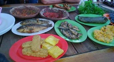 Photo of Diner Rumah makan ibu haji ciganea,kemang serang at Indonesia
