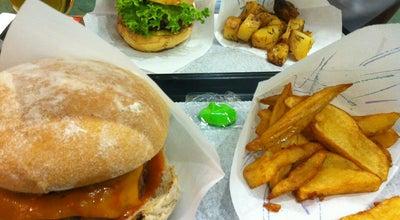 Photo of Burger Joint de10 Hamburguesas at C. Gonzalo De Córdoba, 5, Madrid 28010, Spain