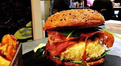 Photo of Burger Joint Ernest'inn at 37 Rue Des Ponts Neufs, Le Mans 72000, France