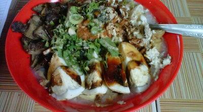 Photo of Indonesian Restaurant Bubur Ayam Pelana at Jl. Burangrang, Bandung, Indonesia