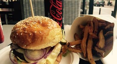 Photo of Burger Joint Hom' Burger at Rue Voltaire, Levallois-Perret, Paris, France