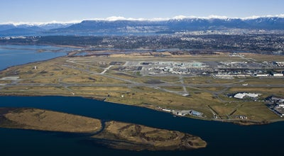Photo of Airport Vancouver International Airport (YVR) at 3211 Grant Mcconachie Way, Richmond, BC V7B 0A4, Canada