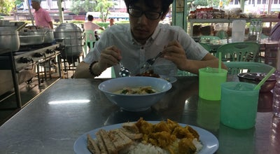 Photo of Breakfast Spot ข้าวแกงร้านป้ายิ้ม at Thailand