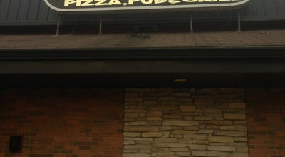 Photo of Pizza Place Van's Pizza Pub & Grill at 3333 N Harrison St, Davenport, IA 52806, United States