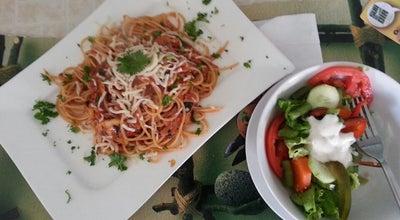 Photo of Italian Restaurant La Pentola D'Oro at 100 Metros Sur Del Rancho De Fofo, Heredia, Costa Rica