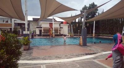 Photo of Pool Pandiga Swiming Pool Sport Education at Jl.sirnarasa, Cimahi 40000, Indonesia