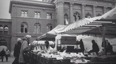 Photo of Farmers Market Berner Wochenmarkt (Wuchemärit) at Bundesplatz, Bern 3011, Switzerland