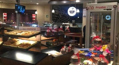 Photo of Bakery Pastelería el Globo at Paseo De La Herradura, México 52786, Mexico