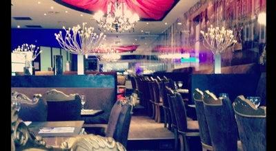 Photo of French Restaurant L'Opéra Café at 24 Place De L'horloge, Avignon 84000, France