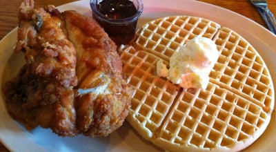 Photo of Southern / Soul Food Restaurant Roscoe's House of Chicken and Waffles at 1514 N Gower St, Los Angeles, CA 90028, United States
