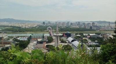 Photo of Mountain 우성이산 at 유성구 원촌동, 대전광역시, South Korea