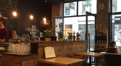 Photo of Cafe Slake Coffee House at 9 Rue De L'ancienne Préfecture, Lyon 02 69002, France