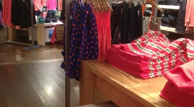 Photo of Clothing Store Gap at 734 Lexington Ave, New York, NY 10022