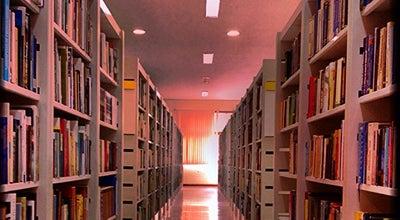 Photo of Library Biblioteca Pública Estadual at Av. Getúlio Vargas, 389, Rio Branco 69.900-660, Brazil