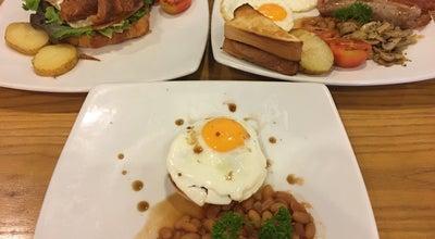 Photo of Cafe Café Kantary Bang Saen (คาเฟ่ แคนทารี บางแสน) at 301, 303 Long Hat Bang Saen Rd, Chon Buri 20130, Thailand
