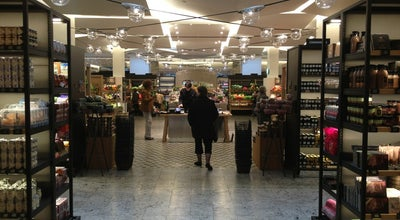 Photo of Wine Shop Cave de La Grande Épicerie de Paris at La Grande Épicerie De Paris, Paris, France