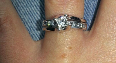 Photo of Jewelry Store Robbins Brothers Engagement Ring Store, Dallas at 14080 Dallas Pkwy, Dallas, TX 75240, United States