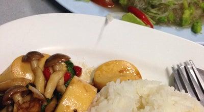 Photo of Diner ร้านพี่ซัน. อาหารตามสั่ง at หน้าโรงเรียนเมธัง, Thailand