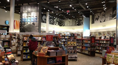 Photo of Bookstore Indigo at 1180 Steeles Avenue East, Milton, ON L9T 6C8, Canada