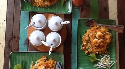 Photo of Asian Restaurant Phad Thai Rock n Roll at หาดกันเตียง, Ko Lanta, Thailand