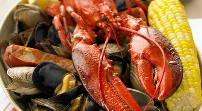 Photo of Seafood Restaurant Legal Sea Foods at 1 Garden State Plz, Paramus, NJ 07652, United States