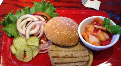 Photo of American Restaurant Red Robin Gourmet Burgers at 1900 W Florida Ave, Hemet, CA 92545, United States