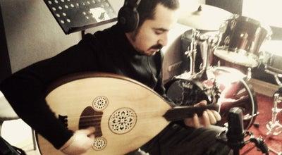 Photo of Music Venue Studio Drum & Bass at İlk Belediye Cad. Çinili Han No:6/9 K:4 (kuledibi Katotoparkı Yanı) Tünel Beyoğlu, İstanbul 34420, Turkey