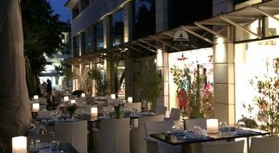 Photo of Cafe New Dash at Κολοκοτρώνη 8, Κηφισιά 145 62, Greece