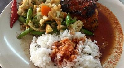 Photo of Diner Restoran Ikan Bakar Top D'Gurun at Gurun, Malaysia