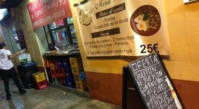 Photo of Diner Cafetería La Fuente at Av. De La Plata, 41, Valencia 46013, Spain