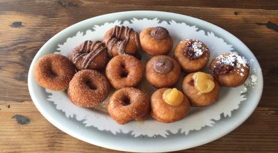 Photo of Donut Shop Pip's Original at 4759 Ne Fremont St, Portland, OR 97213, United States
