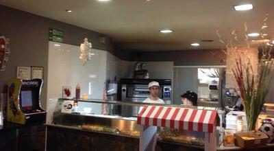 Photo of Pizza Place Pizzeria Corsaro at C/ Marquès Caldes De Montbui, 87, Girona 17003, Spain
