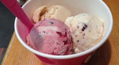 Photo of Ice Cream Shop サーティワン アイスクリーム 秋田駅前店 at 中通2-8-1, 秋田市 010-0001, Japan