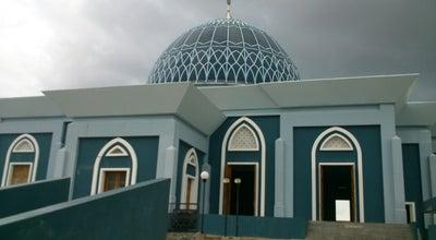 Photo of Mosque Mesjid Raya Dompak at Jl. Raya Dompak, Tanjungpinang, Indonesia