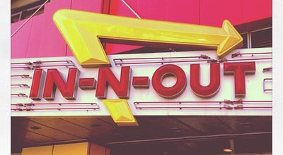 Photo of Fast Food Restaurant In N Out Burger at 119 S Brand Blvd, Glendale, CA 91204, United States