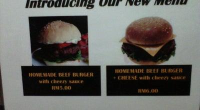 Photo of Burger Joint AZIM Drive-Thru Burger at 357 Kampung Sebuan Besar, Bintulu 97000, Malaysia