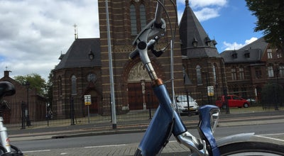 Photo of Church Sint-Vituskerk at Emmastraat 5, Hilversum 1211 NE, Netherlands
