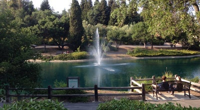 Photo of Lake Sharron Heights Duck Pond at Menlo Park, CA, United States