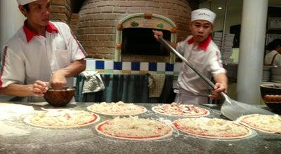 Photo of Pizza Place Limoncello (เลม่อนเชลโล่) at 17 Sukhumvit 11, Watthana 10110, Thailand