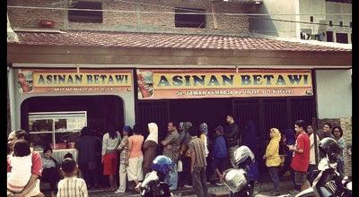 Photo of Vegetarian / Vegan Restaurant Asinan Betawi Kamboja - Alm H. Mansyur at Jl. Taman Kamboja No. 10, Jakarta Timur 13220, Indonesia