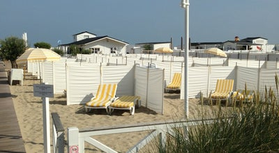 Photo of Beach Bar Waikiki beach at Albertstrand, Knokke-Heist 8300, Belgium