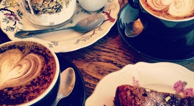 Photo of Cafe Maison D'Etre Cafe at 154 Canonbury Rd, London N1 2UP, United Kingdom