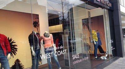 Photo of Clothing Store Tommy Hilfiger at Kruiskade 57b, Rotterdam 3012EE, Netherlands
