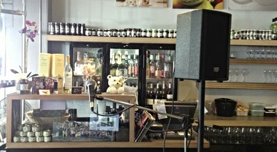 Photo of Italian Restaurant Léoni's at 44 Rue De Dampremy, Charleroi, Belgium