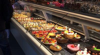 Photo of Bakery Bakkerij Dewulf at Adolf Baeyensstraat 133, Sint-Amandsberg 9040, Belgium